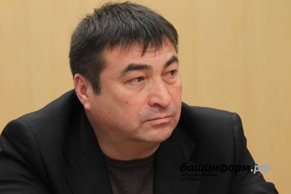 В Уфе ушел из жизни кинорежиссер, экс-директор киностудии «Башкортостан» Азамат Хужахметов